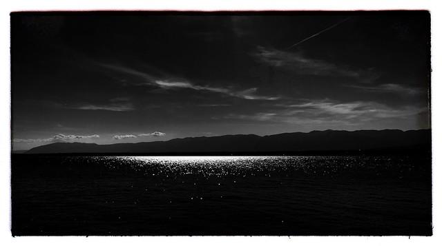The sparkling lake