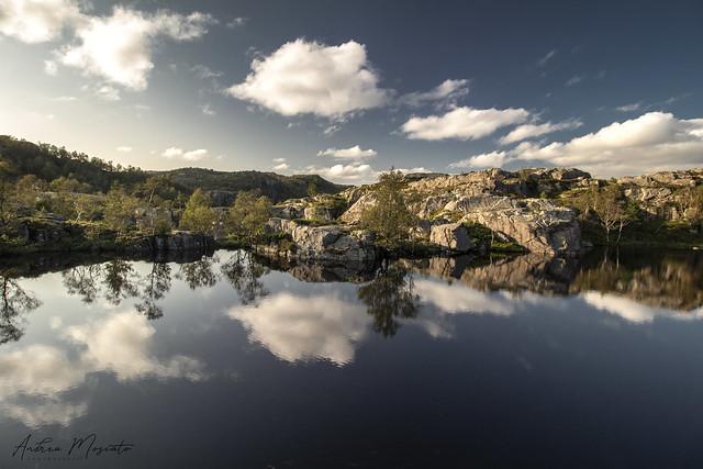 Tjødnane - Preikestolen Trail (Norway)