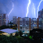 28. Mai 2020 - 21:58 - Thunderous mood over Joo Seng Road, Singapore