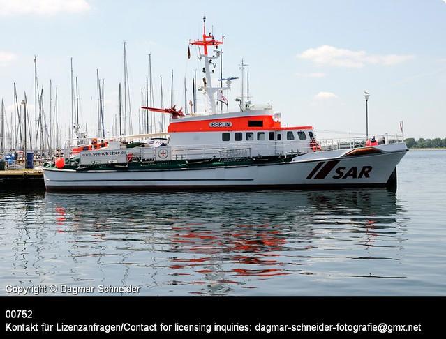 Seenotkreuzer BERLIN   Rescue cruiser BERLIN