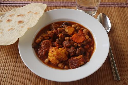 "Rinder-Chana Masala ""Freklinghof meets IKO-Restaurant"" mit Chapati (meine Portion)"