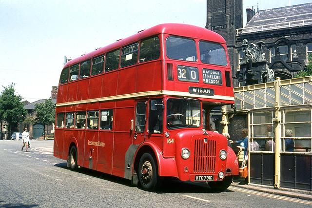 Lancashire United Transport . 164 KTC791C . Town Square , St Helens , Lancashire . Thursday lunchtime 25th-June-1970 .