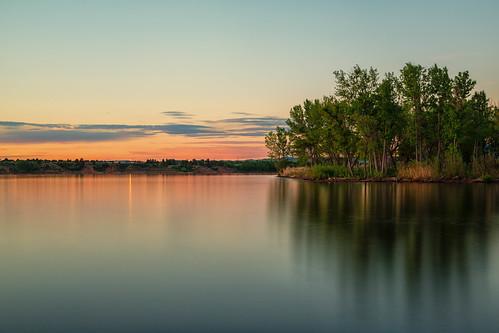 sunrise dawn daybreak beach lake reflections clouds lakechatfield chatfieldstatepark colorado landscape longexposure trees