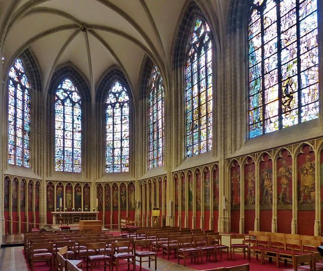 Kortrijk - Onze-Lieve-Vrouwekerk 2 - In Explore op 30-05-2020 # 472 - Houd het veilig en gezond! - Keep it safe and healthy! - Prettig weekend - Have a nice Weekend!