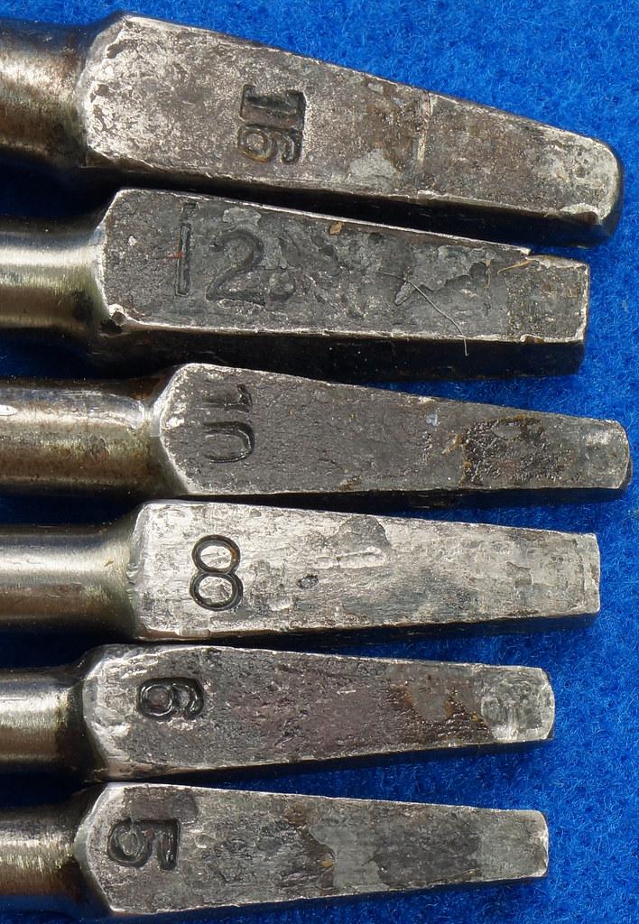 RD16491 Antique Wood Box with 6 Auger Drill Bits Shapleighs #16,  Irwin D-24 #5, Irwin D-24 6, Irwin Grade D #10, USA #12 & USA #8 DSC06408