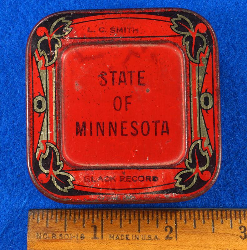 RD29478 Rare State of Minnesota Typewriter Ribbon Tin L.C. Smith DSC06429