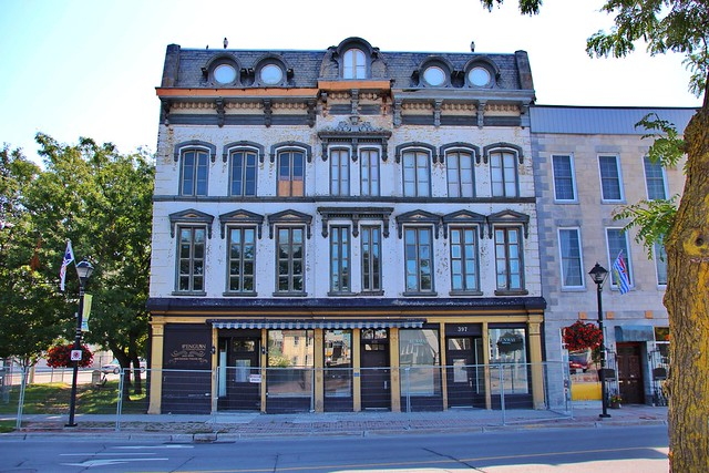 Belleville Ontario - Canada - Henderson Building -  297 Front Street  - Heritage