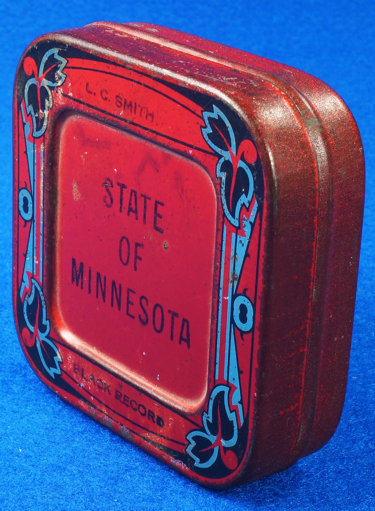 RD29478 Rare State of Minnesota Typewriter Ribbon Tin L.C. Smith DSC06439