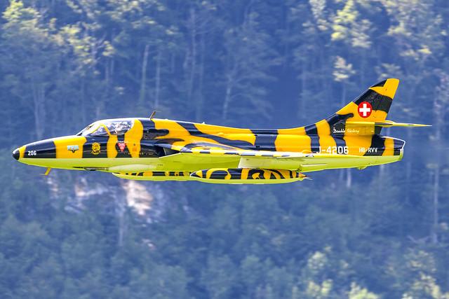 Hawker Hunter T.68