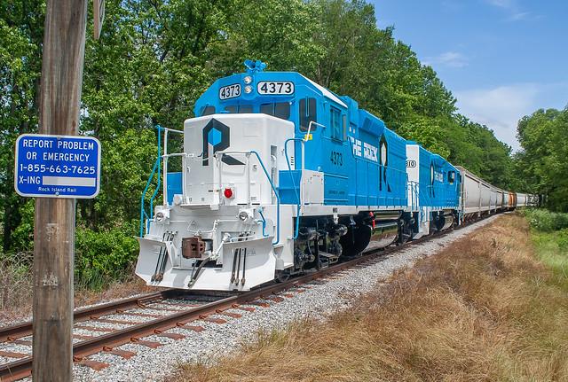 Rock Island Rail RI 4373, RILX 4310 (GP38) Swan Lake, Mississippi