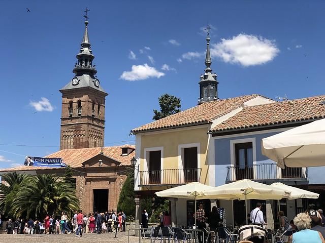 Plaza de Segovia en Navalcarnero, uno de los pueblos más bonitos que visitar en Madrid