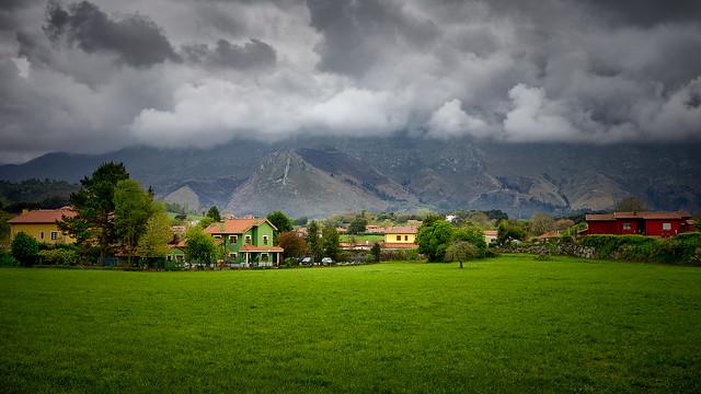 Bella Asturias. ***(Explore)