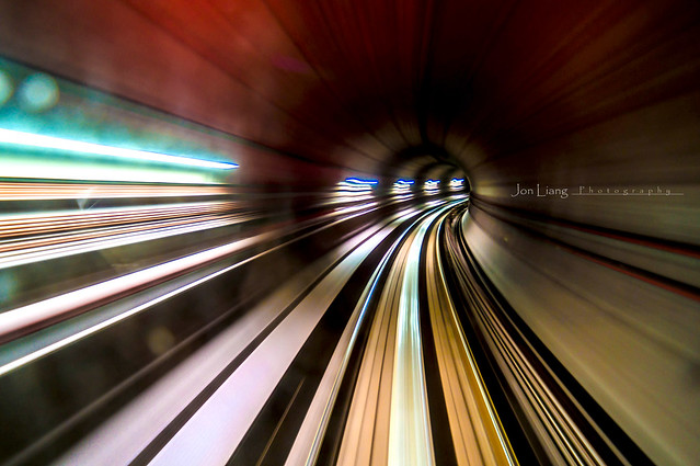 Warping Thru Tunnel
