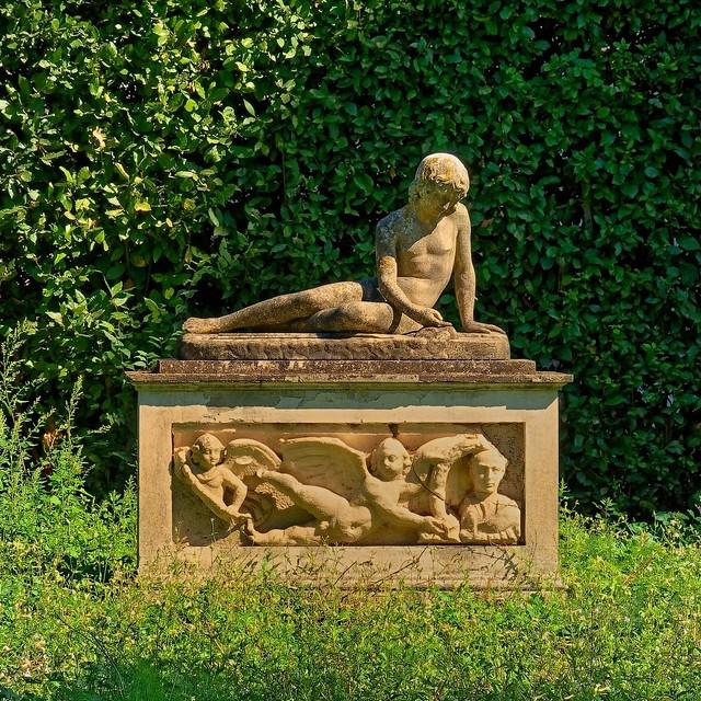 Rome / Medici Villa Garden / Sculpture/