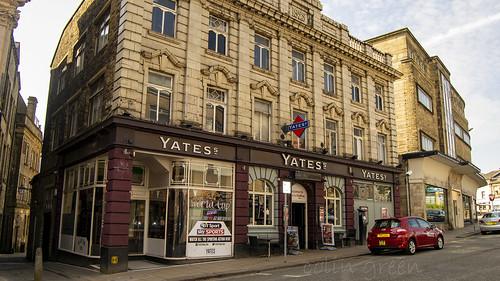 Yates, Halifax