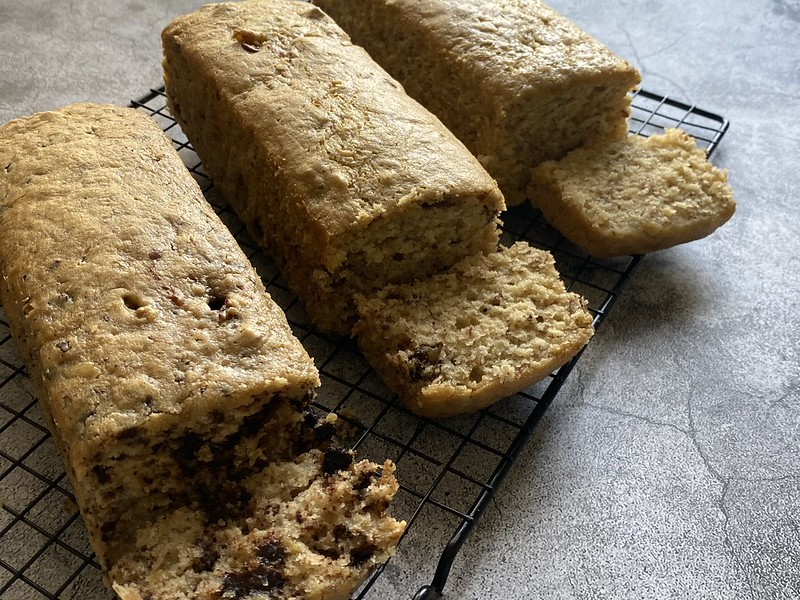 Banana Loaf Three Ways (beingjellybeans.com)