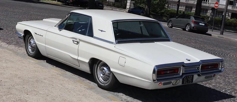 "Ford Thunderbird   ""Thelma & Louise"" 49955834298_81337808a9_c"