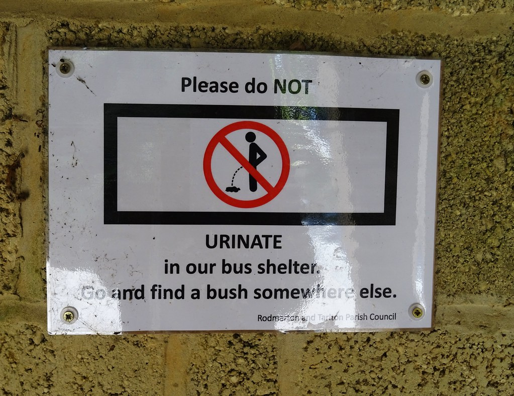 Please do NOT URINATE in our bus shelter. Go and find a bush somewhere else.
