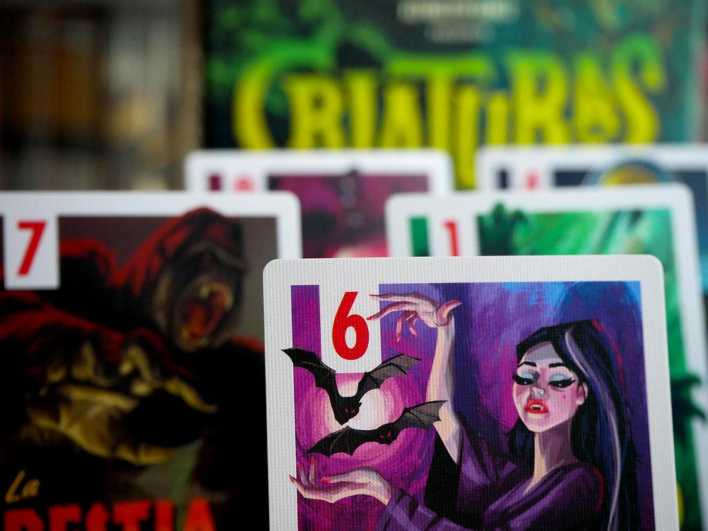 CRIATURAS DE SERIE B CARTAS