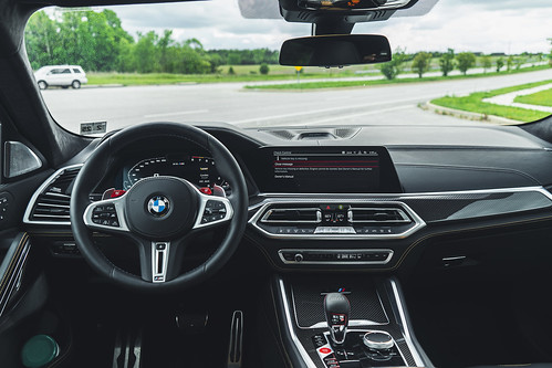 2020 BMW X6 M Competition: Maximum Disruption Photo