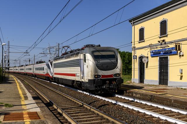 E.402.B.145 + ETR.470 a S.Stefano Lodigiano ( Lo )