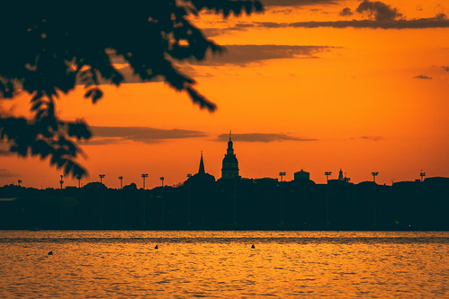 annapolis sunset summer sky water severnriver evening sonyimages sonyalpha rokinon greenburypoint maryland statehouse sun river orange cityscape waterscape landscape