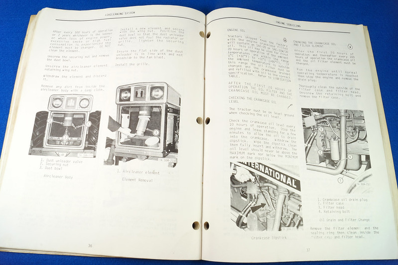 RD24449 Vintage Case International 384 Tractor N.A.O. Operators Manual 1093403R3 DSC06539