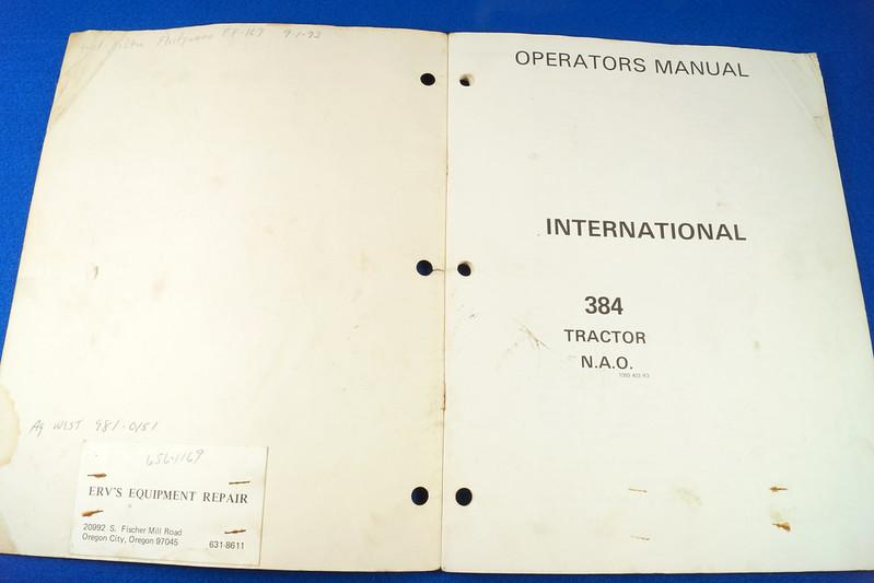 RD24449 Vintage Case International 384 Tractor N.A.O. Operators Manual 1093403R3 DSC06535