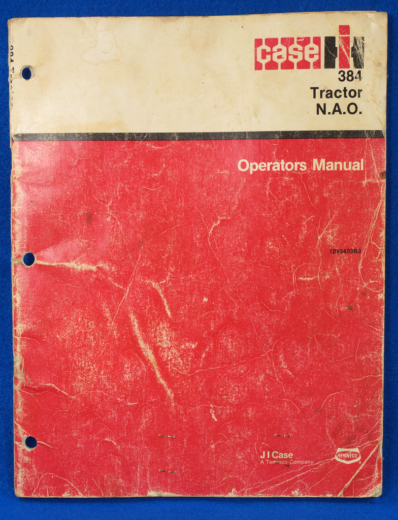 RD24449 Vintage Case International 384 Tractor N.A.O. Operators Manual 1093403R3 DSC06532
