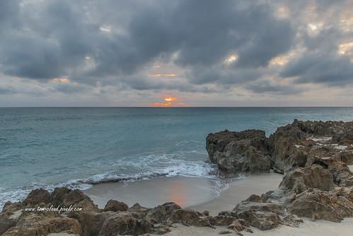 sun sunrise morning dawn clouds cloudy sky bluesky weather seascape water ocean atlantic horizon rocks beach sand surf seaside outdoors nature mothernature rays hutchinsonisland stuart martincounty florida usa