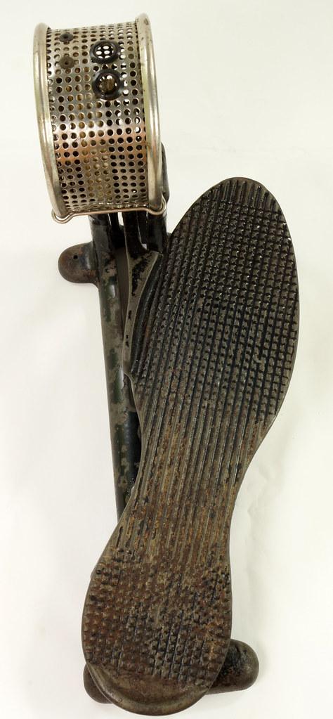 RD26450 Antique Cast Iron Foot Control Pedal Lathe Drill Tool Sewing Machine Rheostat DSC06722