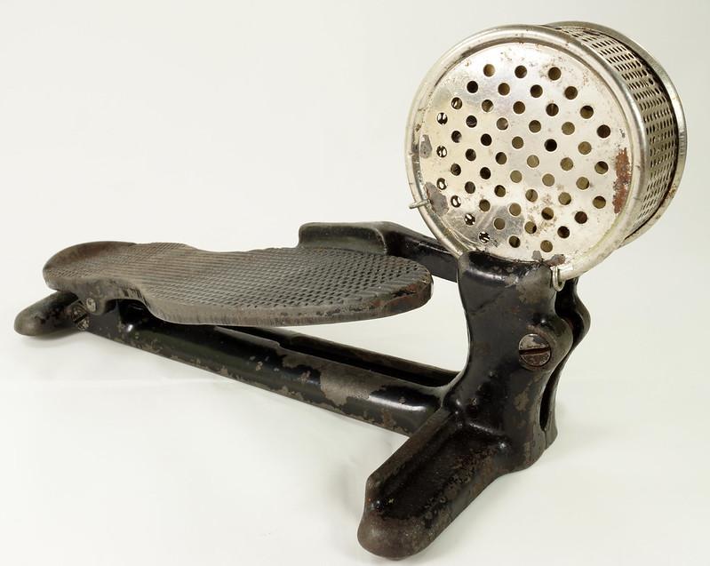 RD26450 Antique Cast Iron Foot Control Pedal Lathe Drill Tool Sewing Machine Rheostat DSC06726