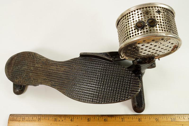 RD26450 Antique Cast Iron Foot Control Pedal Lathe Drill Tool Sewing Machine Rheostat DSC06721