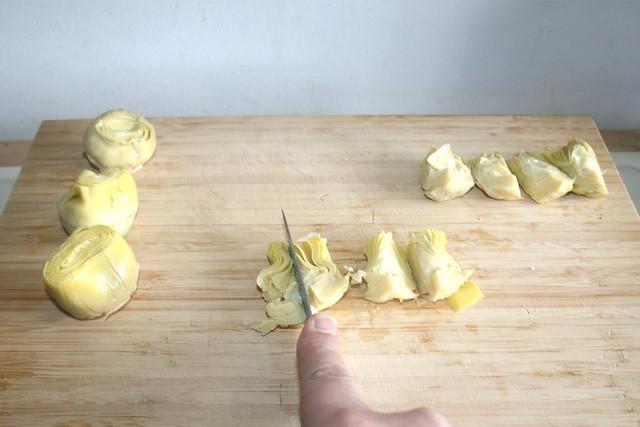 07 - Artischockenherzen zerkleinern / Cut artichoke hearts