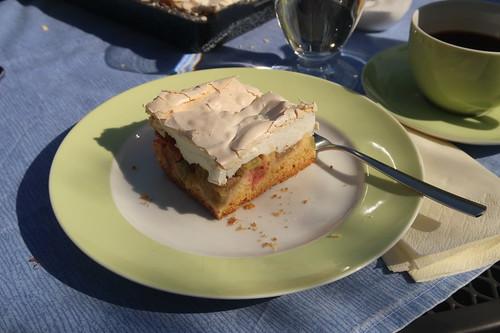 Rhabarberkuchen mit Baiserhaube (mein zweites Stück)