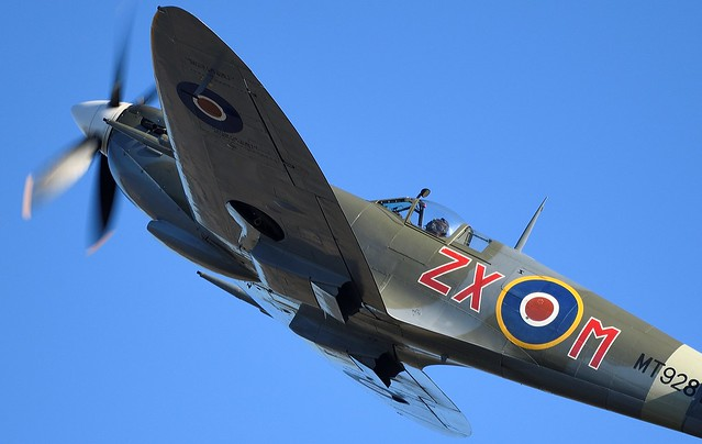 RAF Supermarine Spitfire HFVIII D-FEUR G-BKMI MT928