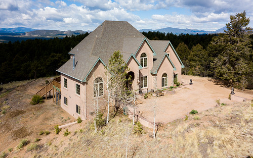 house home realestate aerial drone mavicpro sanden luxury view scenic forest