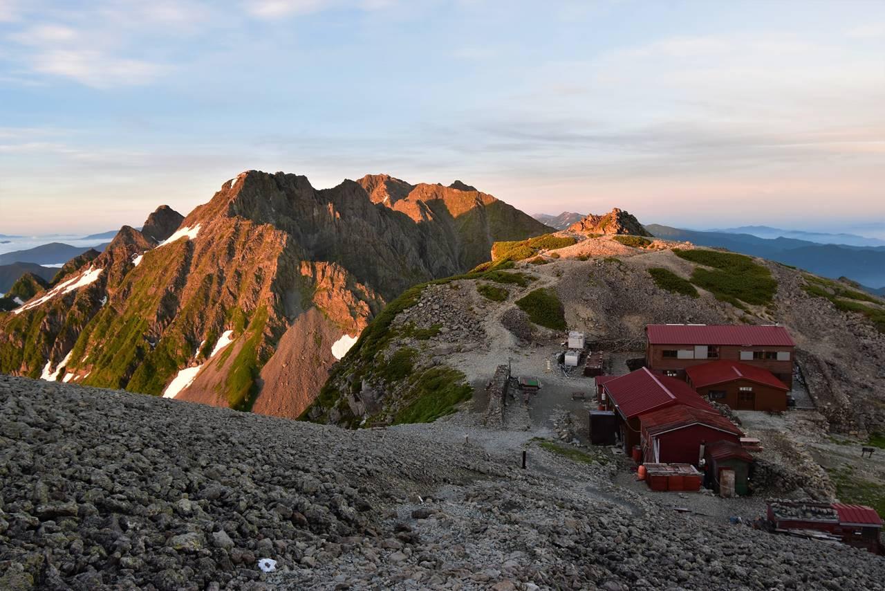 【登山】山小屋のWithコロナ 広がるオンラインショップ