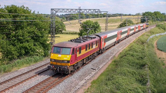 90037 + 90026 | 5Z90 At Milton Crossing 01/06/20
