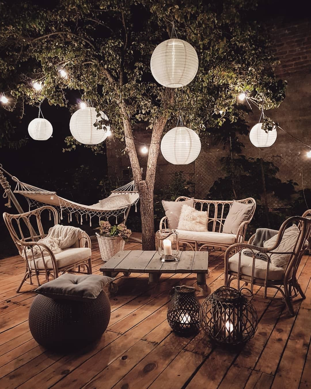 Outdoor Patio Ideas | Outdoor Decor | Outdoor Oasis Backyard | Super Chic Backyard Ideas | Outdoor Space Inspiration | Dream Backyard | 5 Tips for Creating a Cozy Outdoor Oasis at Your Home | Backyards that Inspire Me | Terrace | Porch | Patio Renovation | Patio Remodel | Best Decorated Small Backyards on Pinterest | Boho Patio Inspiration | Outdoor Furniture Inspiration | Cozy Neutral Outdoor Decor | Paper Lanterns Hanging from Trees