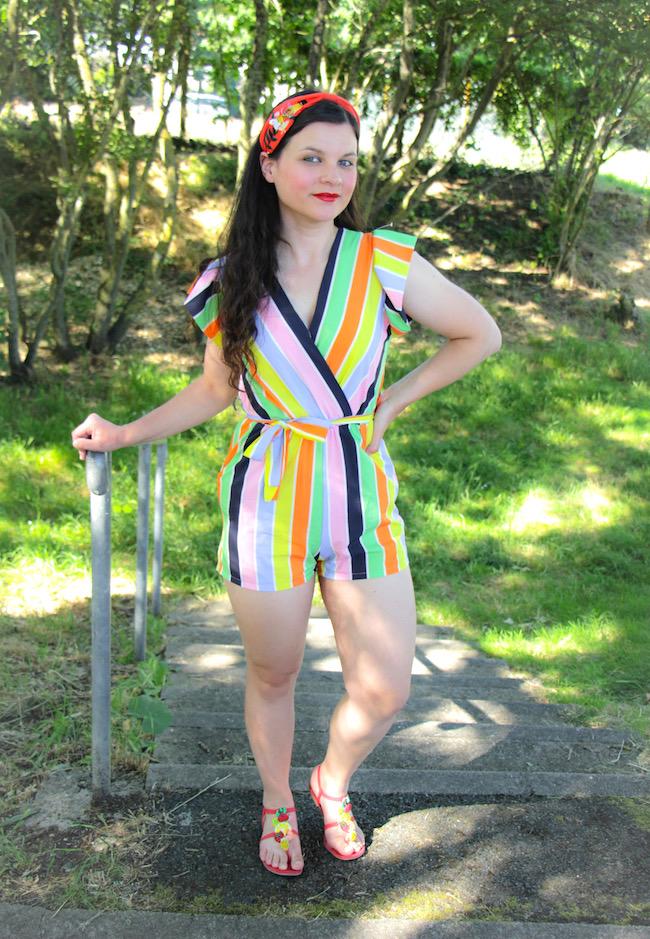 Combishort multicolore pour l'été