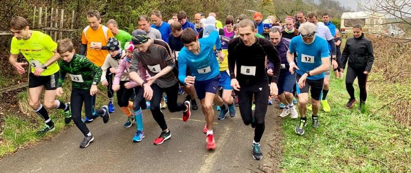 V Přílukách u Zlína se o víkendu koná další dvoumílový běh