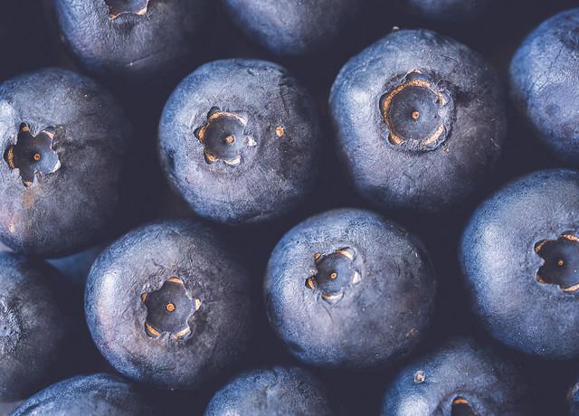 blueberries fill the frame - HMM !