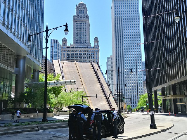George Floyd Riot, Chicago Bridges