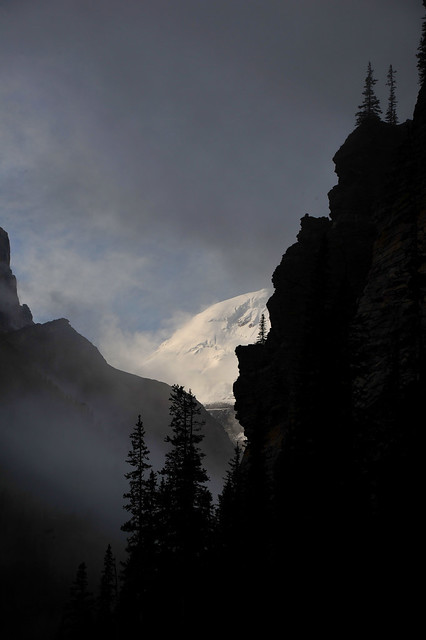The Sun illuminates the Mount Victoria