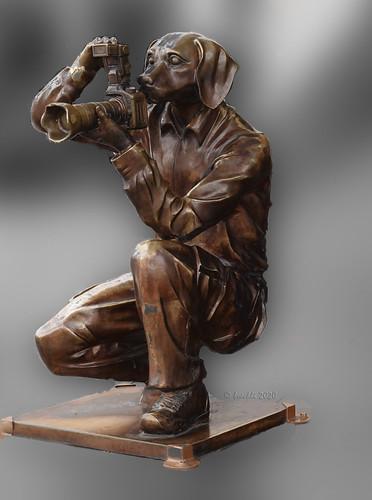 hobart smileonsaturday camera tasmania sculpture skulptur australia 003192