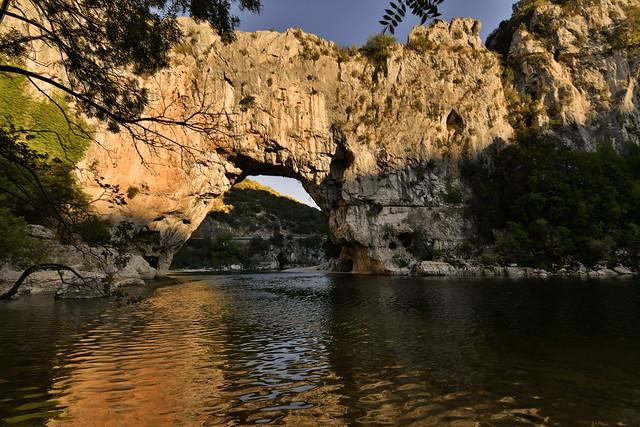 France - gorges de l'Ardèche - Pont d'Arc