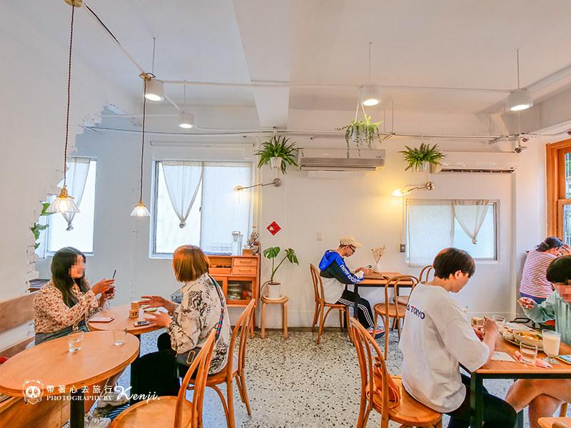 homey-cafe-13