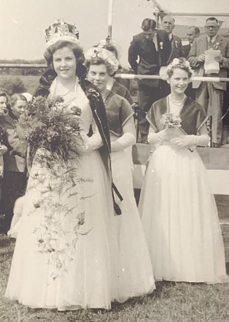 Hilda Warbrick, Coronation Queen 1953