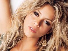 Shakira est de retour en studio, la preuve en image